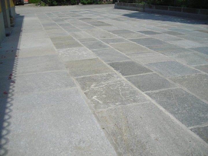 Il meglio della pietra di luserna per esterni e interni for Pavimento esterno in pietra
