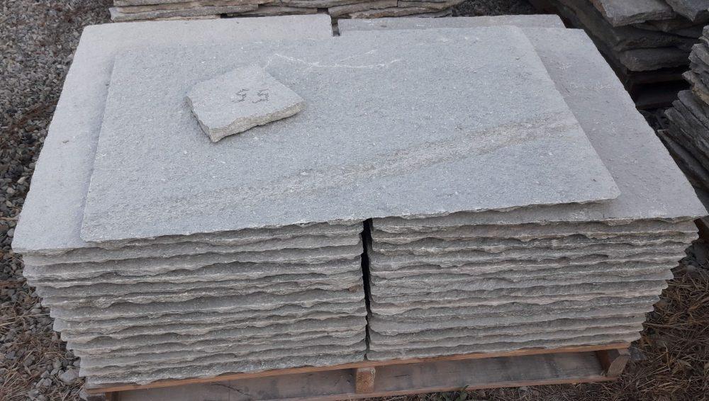 Scale esterne interne in pietra di luserna pelganta giorgio for Pietra piasentina fiammata prezzi