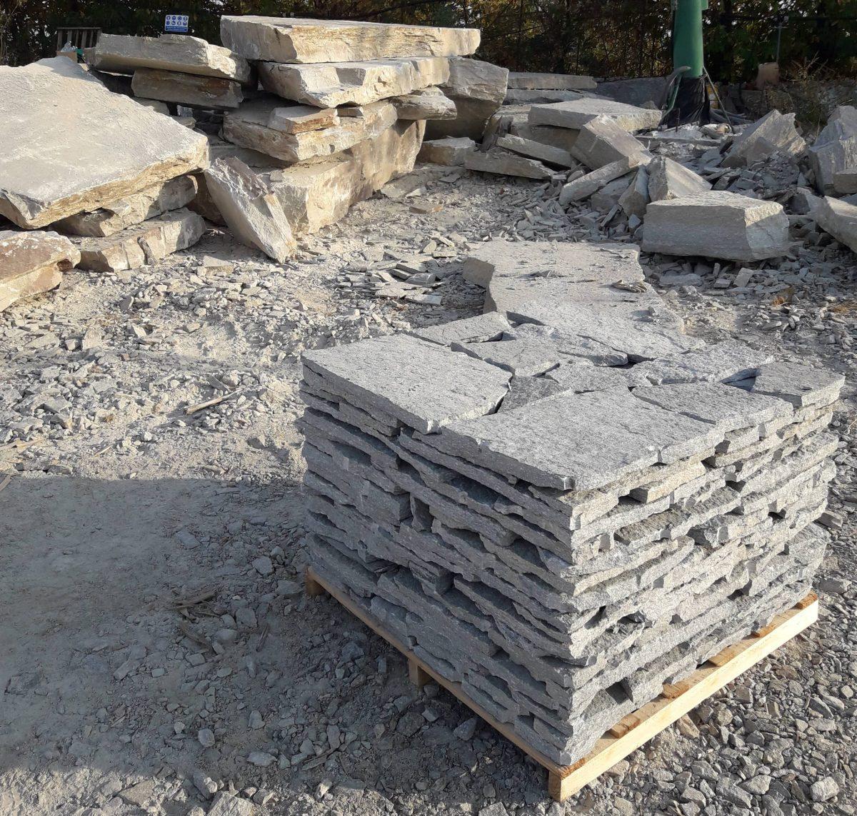 Varie lavorazioni pietra di luserna pelganta giorgio for Piani di fattoria in pietra