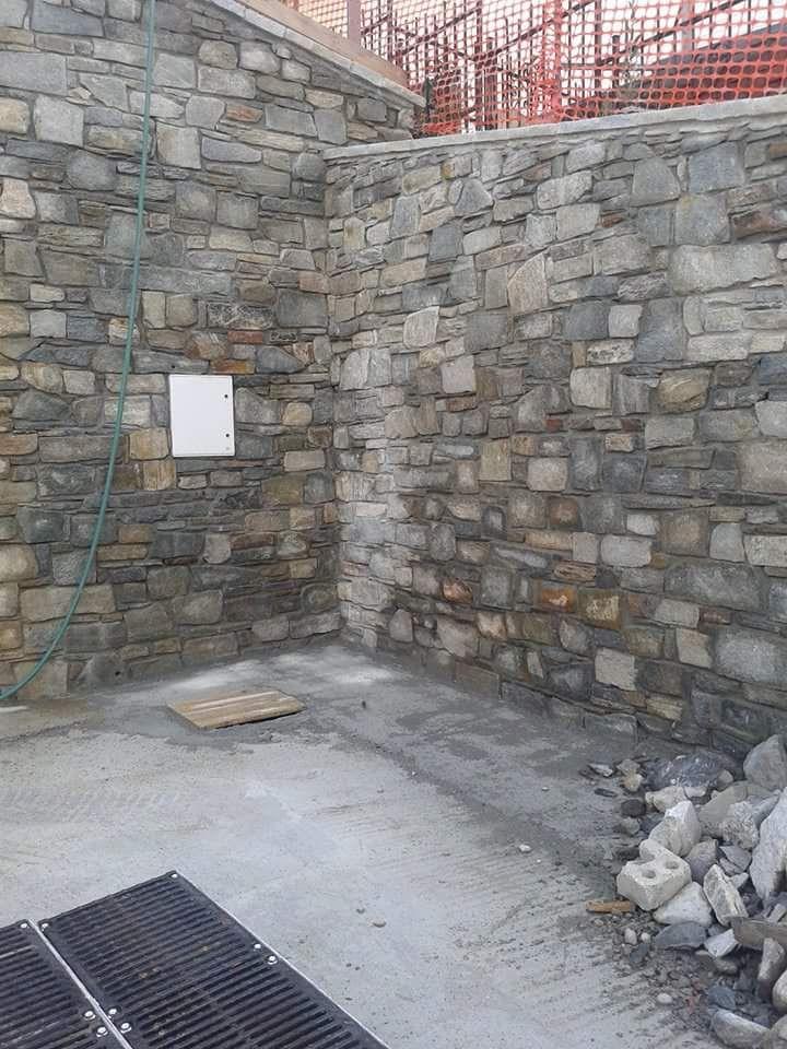 pietre per realizzare muri a secco a vista di luserna