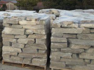 Sassi da muro in Luserna offerta pronta consegna.