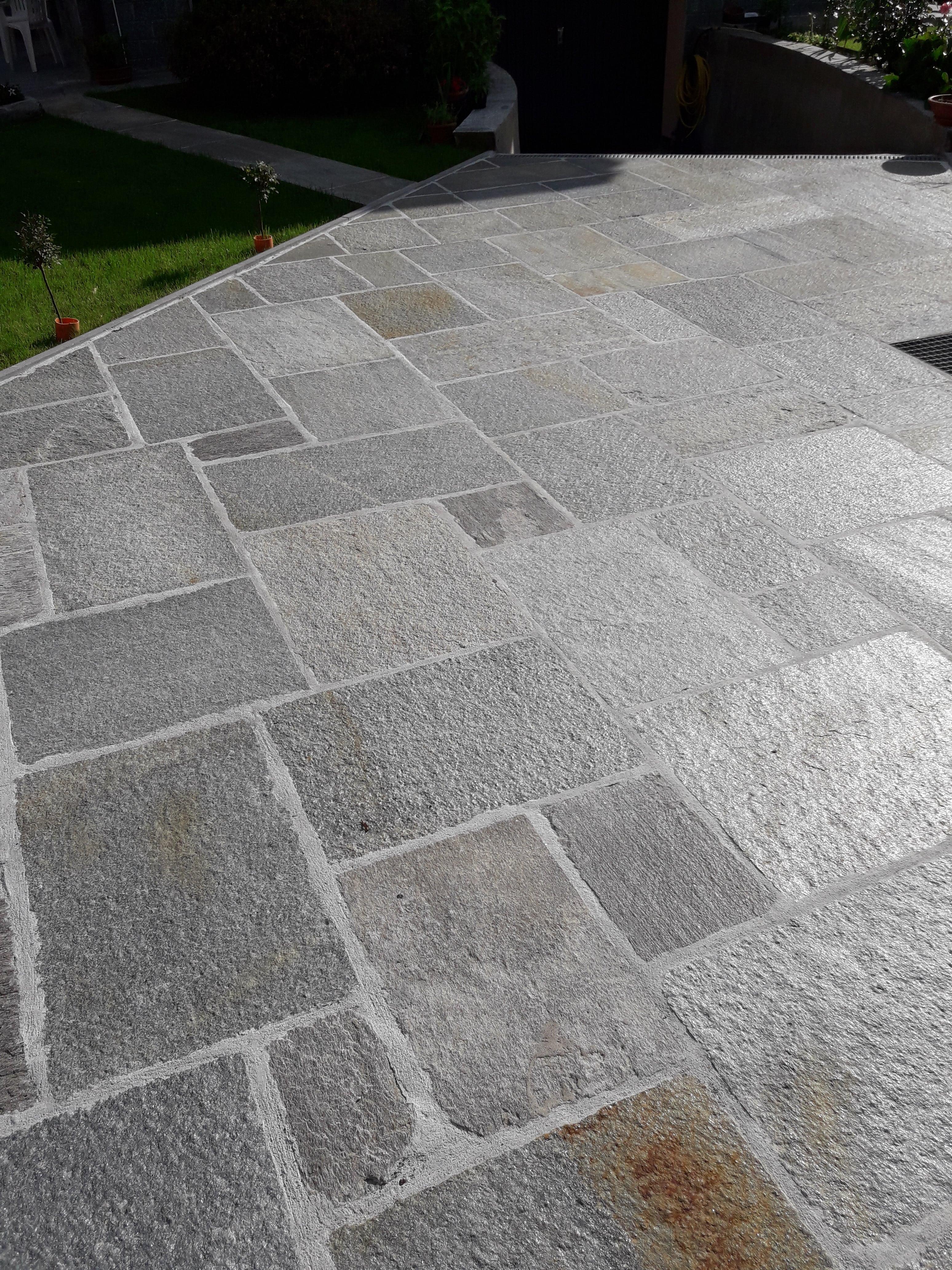 Offerta quadratoni per pavimento in pietra di luserna per esterni - Piastrelle di pietra per esterni ...
